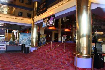 Fashion island movie theatre butik work